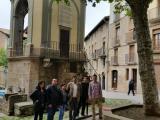 Visita a l'exposició 'Obre't en català' d'un grup d'alumnes d'un curs de B2, a Solsona
