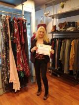 Aire, una botiga de moda i complements de Montornès, compromesa amb el Voluntariat per la llengua