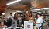 Els alumnes del curs Inicial del Servei de Català de Castellar del Vallès van fer una visita a la Biblioteca Antoni Tort