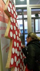 L'Oficina de Català de Blanes felicita les festes amb un arbre de paraules