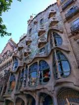 Alumnes de Sant Cugat visiten la Casa Batlló