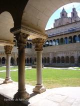 Alumnes de nivell Bàsic 3 visiten el Monestir de Sant Cugat
