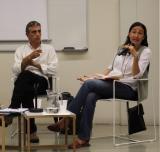 Jordi Pigem i Sònia Fernández, al debat d'ahir a l'Espai Avinyó.