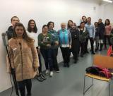 Alumnes de Ripollet fan un taller de doblatge en català