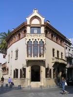 Les parelles lingüístiques visiten el museu Domènech i Montaner