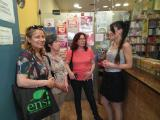 Pràctiques de llengua als establiments col·laboradors del VxL de Badalona i Sant Adrià