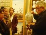Els alumnes del nivell Bàsic 2 del Masnou visiten el Museu Cusí de Farmàcia