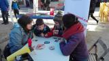 Bona acollida als tallers de tions i jocs en català a la Fira de Nadal de Cardedeu