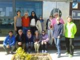 Alumnes de català i parelles lingüístiques de Roses assisteixen a un Taller de nusos al GEN Roses