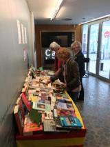 Jocs de llengua, lectures i intercanvi de llibres per Sant Jordi a l'OC Roses
