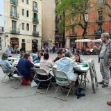 Marató de Scrabble en català a la plaça de la Vila de Gràcia.