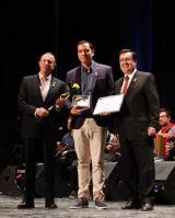 Lluïsa Vives rep el Premi a la NL en el decurs de la Nit de Premis de Valls