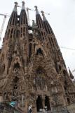 Alumnat i voluntaris de Sant Vicenç dels Horts visiten la Sagrada Família