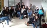 Alumnes de batxillerat visiten l'exposició sobre Caterina Albert al Casal de Cultura de Montornès