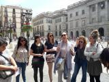 Alumnes de les Corts fan una ruta literària per Barcelona