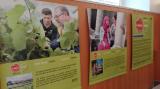 """L'exposició  """"A dues veus. Retrats de converses en català"""" es podrà veure fins al 3 de març a la Biblioteca Xavier Amorós"""