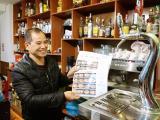 El bar El Lliri ja té la nova carta en català