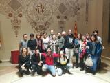 La poesia de Brossa, explicada per Glòria Bordons, omple la sala de plens del Districte de Sants-Montjuïc